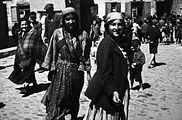 Lublin Ghetto Roma women.jpg