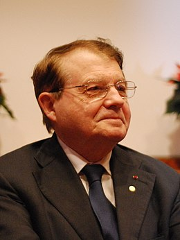 Luc Montagnier-press conference Dec 06th, 2008-1 crop.jpg