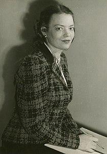 Lucinda Ballard (1940).jpg