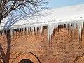Lukusalin jääpuikkoja - panoramio.jpg