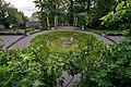 Luzern Villa Bellerive fountain.jpg