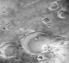 Mädler crater 615A55.jpg