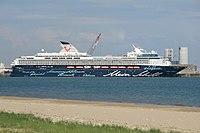 MV Mein Schiff 2 La Rochelle.jpg