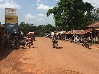 Kamakwie - Image: Main Road Kamakwie