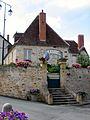 Mairie-Saint-Saturnin.jpg