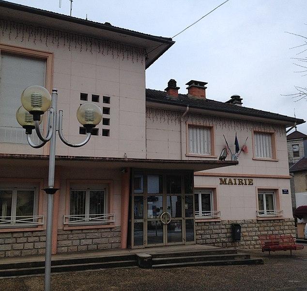 Mairie de Dortan.
