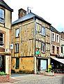 Maison à colombages à Saint-Fargeau.jpg