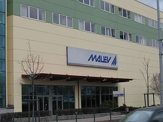 Malév Hungarian Airlines - Malév's head office at Lurdy House