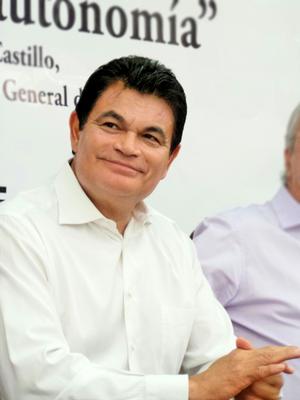 Mario López Valdez - Image: Malova