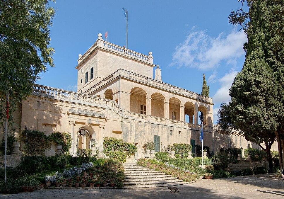 Malta Attard San Anton Palace BW 2011-10-09 10-06-16