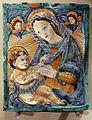 Manifattura romagnola, targa con la madonna col bambino e cherubini, 1610 ca.JPG