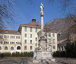 Mariensäule (Bozen) mit Goetheschule