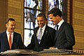 Mark Rutte standing near Plakkaat van Verlatinghe together with Barack Obama and Wim Pijbes.jpg