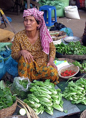 Krama - Market woman with Krama in Kampong Thom
