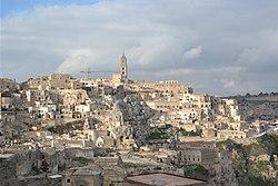 Matera - veduta della Civita dal Sasso Caveoso 02.JPG