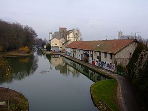Canal de l'Ourcq - The canal at Meaux
