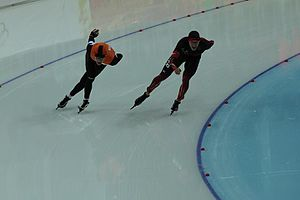 Speed skating at the 2014 Winter Olympics – Men's 10,000 metres - Bronze medalist Bob de Jong (left)