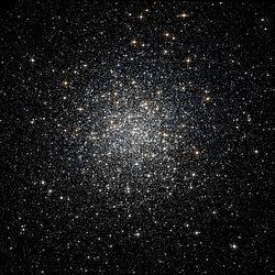 Messier 3 - Lhlsp acsggct hst acs-wfc ngc5272.606-AB R814B555. jpg