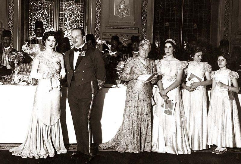 File:ModernEgypt, Farouk I's Birthday Parties, DHP13655-27-8 01.jpg