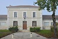 Montignac-le-Coq 16 Mairie 2013.jpg