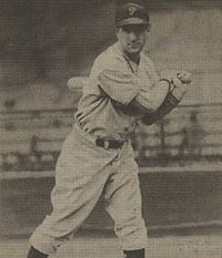 Morrie Arnovich 1940 Play Ball card.jpeg