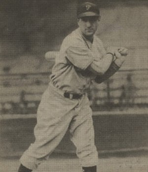 Morrie Arnovich - Image: Morrie Arnovich 1940 Play Ball card
