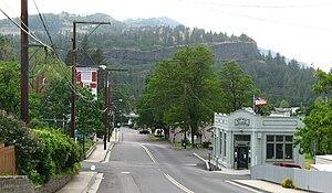 Mosier, Oregon - Image: Mosier Oregon Third Avenue