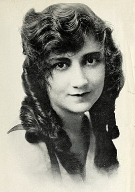 Mary Fuller in 1915.