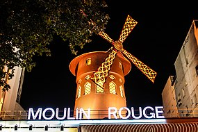 Moulin Rouge at night, Paris 12 August 2013.jpg