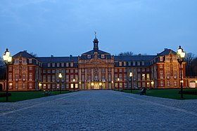 Muenster Schloss 4752.jpg