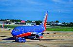 N408WN Southwest Airlines 2001 Boeing 737-7H4 C-N 27895 (9028617143).jpg