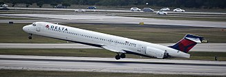 Palm Beach International Airport - Delta Air Lines McDonnell Douglas MD-90 at PBI