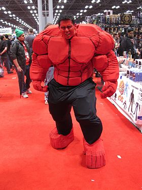 Cosplay de Red Hulk.