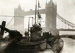 Sous-marin allemand (Unterseeboot) en reddition à Londres en 1918.