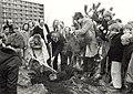 Nationale Boomplantdag. Geschonken in 1989 door United Photos de Boer bv. Identificatienummer 54-023386.JPG