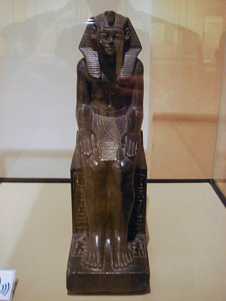 Archivo:Neferhotep I - Bologna - By Stefano Bolognini.JPG