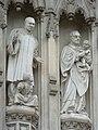 Nem túl régi szobrok a középkori Westminster-apátság homlokzatán (Not too old statues on the wall of the medieval Westminster Abbey) - panoramio.jpg