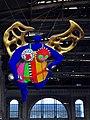 """Niki de Saint Phalle's """"l'ange protecteur"""" im Hauptbahnhof Zürich 2012-08-26 18-30-11.JPG"""
