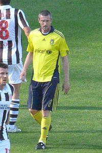 Mikael Nilsson i Brøndbys dragt.