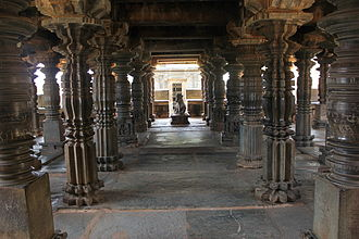 Kalleshvara Temple, Bagali - A view of the ornate open hall facing the Nandi (bull) in the east in Kalleshvara temple at Bagali