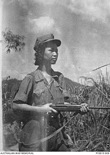 Outdoor portrait of Lee Min, leader of the communist Kepayang Gang in the Ipoh district in 1951 (AWM 4281801).JPG