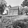 Overzicht zuidoostgevel met kerktoren - Termunten - 20364786 - RCE.jpg