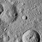 PIA20931-Ceres-DwarfPlanet-Dawn-4thMapOrbit-LAMO-image169-20160601.jpg