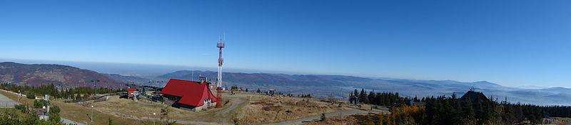 Plik:Panorama ze Skrzycznego.JPG