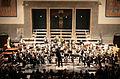 Pauluskirche Ulm Konzert Orchester nimmt Applaus entgegen 2009 03 22.jpg