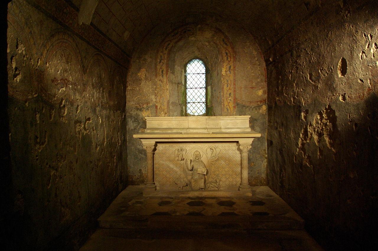 file peintures murales dans la crypte de l 39 abbaye saint philibert de wikimedia commons. Black Bedroom Furniture Sets. Home Design Ideas