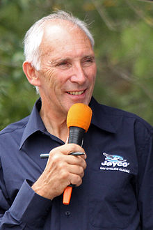 Phil Liggett commentating at the 2010 Bay Cycling Classic