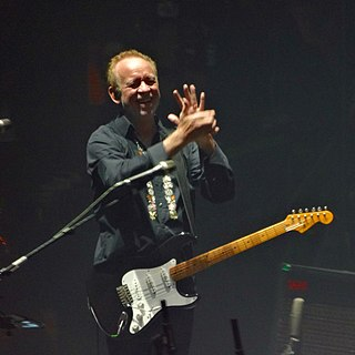 Phil Manzanera British guitarist