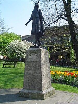 St George's Church, Gravesend - Pocahontas' statue