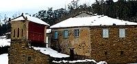 Postal de casa e hórreo nevados, Riotorto.jpg